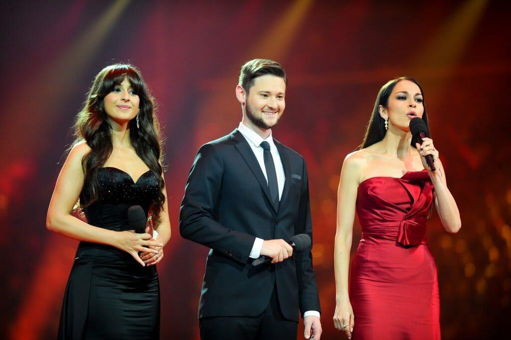 eurovision 2012 hosts